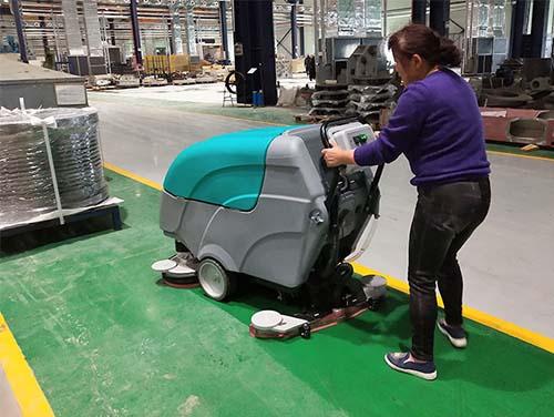 案例展示科力德全自动双刷洗地机进驻江阴某大型机械制造厂